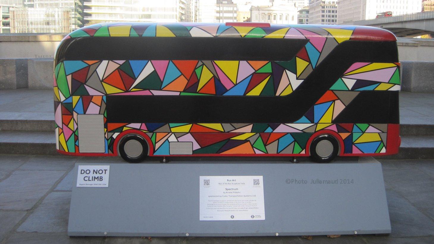 Bus at Southwark by Juliamaud