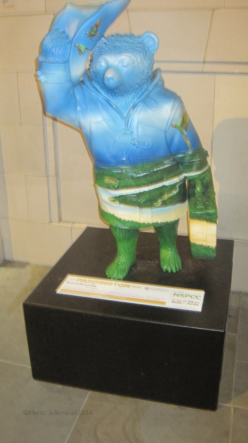 Paddington Bear in London by Juliamaud