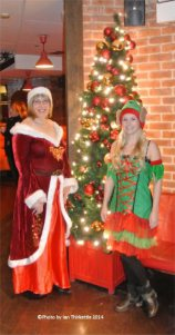 Mrs Claus and Jingle Belle by Ian Thirkettle