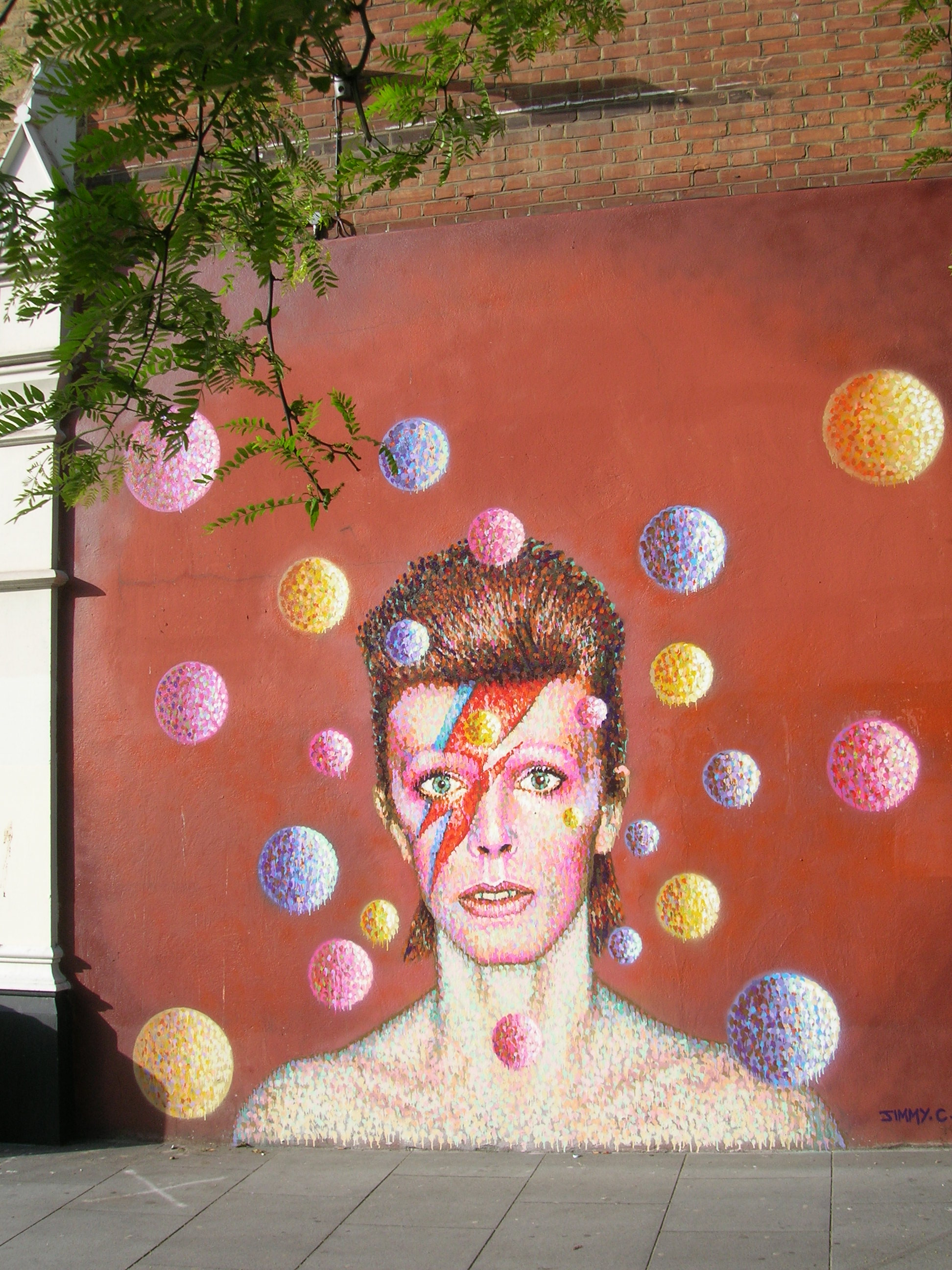 David Bowie Mural in Brixton by Ian Thirkettle