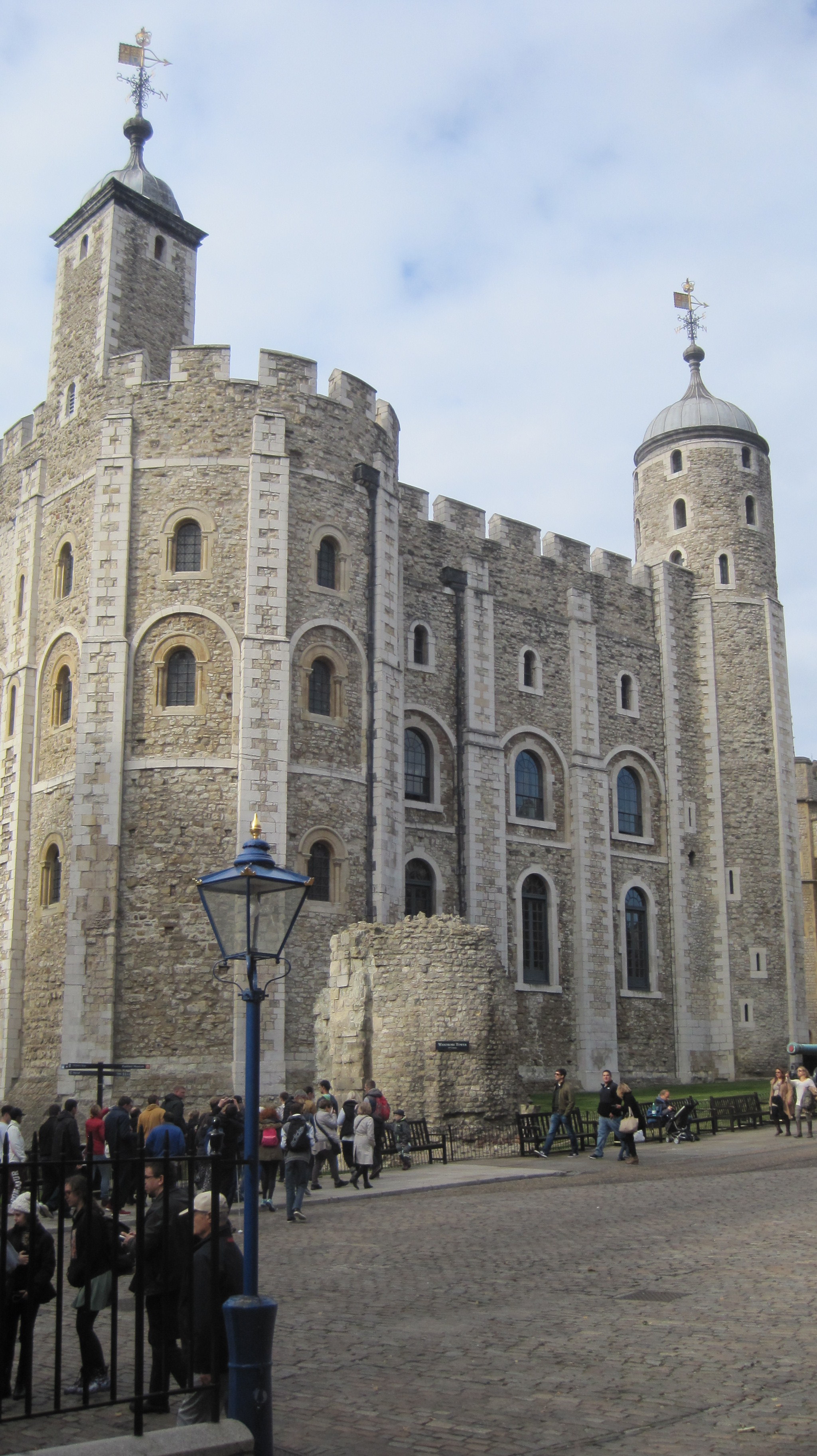 Tower of London - photo by Juliamaud