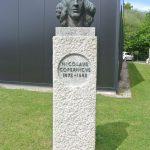 Copernicus bust at Jodrell Bank - photo by Juliamaud