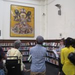 Ways of Seeing - In the library - photo by Juliamaud